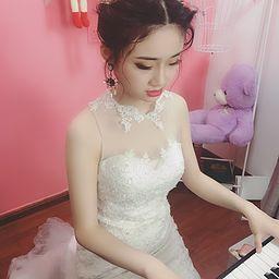 弹钢琴的婷婷🎹盲
